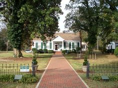 Helen Keller's Birth House - Tuscumbia, Alabama