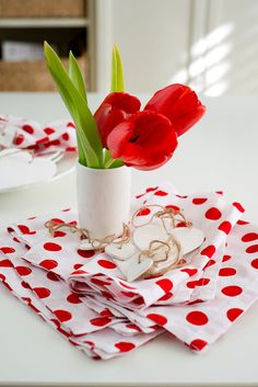 Hey, I found this really awesome Etsy listing at https://www.etsy.com/listing/209456100/polka-dot-cotton-napkins-red-white
