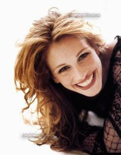 Julia Roberts FROM: http://anna-marie-bowman.hubpages.com/hub/Famous-Redheads-Throughout-History