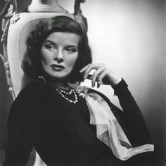 ★ Katharine Hepburn Style: She Puts Her Pants on One Leg at a Time ★