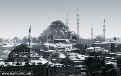 Метеорилоги прогнозируют обильный снегопад в Стамбуле на следующей неделе, смешанный с дождем. Так что одеваемся теплее ;) Частные гиды в Стамбуле http://trvipguide.com/guide-in-istanbul