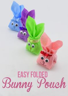 Bunny Pouch Tutorial - These adorable felt bunnies are a great way to store loose candy and treats as well! They are super easy and take less than 15 minutes to make if you are looking for a simple Spring or Easter craft.