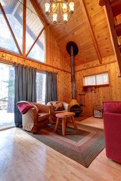 Big Bear Lake log cabin with 1 bedroom | FlipKey