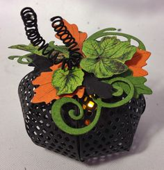 G45 An Eerie Tale pumpkins made with Marianne Design bow die with an electiric tea light inside By  Anne Rostad