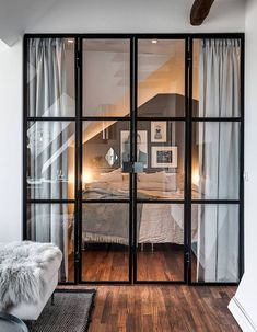 Zoom on the trendy interior canopies, to adopt to partition your house while lighting it! - Zoom on the trendy interior canopies, to adopt to partition your house while lighting it! Home Bedroom, Bedroom Decor, Bedrooms, Bedroom Inspo, Bedroom Curtains, Bedroom Ideas, Room Divider Ideas Bedroom, Bedroom Design On A Budget, Curtain Room