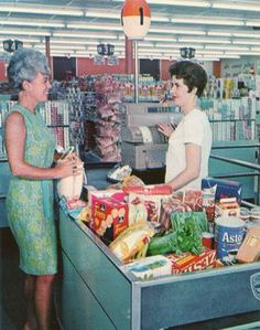 1950s shopping | Pleasant Family Shopping