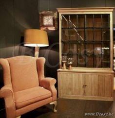 PR Interiors Alice vitrinekast in weathered oak-eik met zwarte stalen deuren 150
