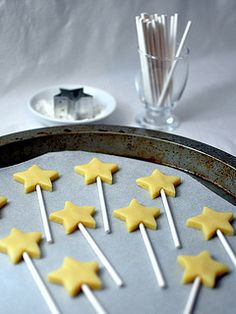 Sugar Cookie pops to decorate cake