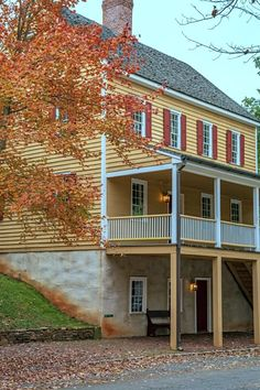 Historic East Coast Home in the Fall Town And Country, Country Living, Weekend Projects, Front Door Decor, Historic Homes, Curb Appeal, Great Places, Exterior, Mansions