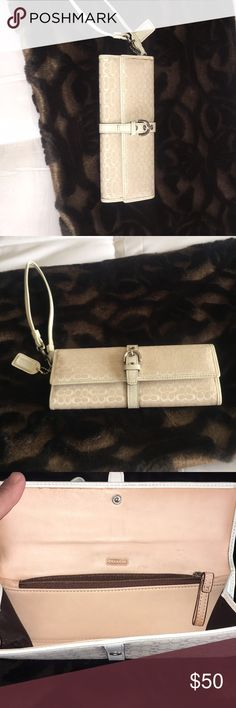 Coach Poppy Small Wristlet Bag Coach Poppy Small Wristlet Bag purse - cream - in good condition inside is leather.. Coach Bags Clutches & Wristlets