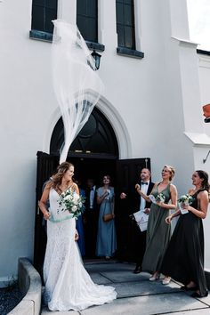 Bryllup over 2 dager i Halden — Fotograf Torstein Gamst Mermaid Wedding, Wedding Dresses, Fashion, Bride Dresses, Moda, Bridal Gowns, Fashion Styles, Wedding Dressses