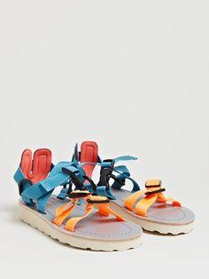 Kolor Women's Geowebb Strap Sandals