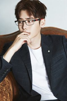 Lee Jong Suk for Oakley.... Ok.. I think I have an obsession for guys with glasses