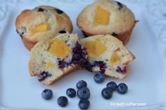 Peach and Blueberry Protein Muffins, #paleo #lowcarb