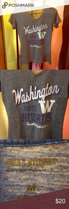 Washington Huskies tee. •LISTING INFO COMING SOON• -I will be listing stuff all day so in order to get everything listed I will be adding the info for each item later on. thank you for checking out my stuff and if you have any questions feel free to ask away!   Ⓜ️erc. ✔️ ✔️TRADES. 👎🏼NO holds. 📦Shipping same day or next.      •I do no ship Sat or Sun. •NOT ACTUALLY UO•  •LISTED FOR VIEWS• Urban Outfitters Tops Tees - Short Sleeve