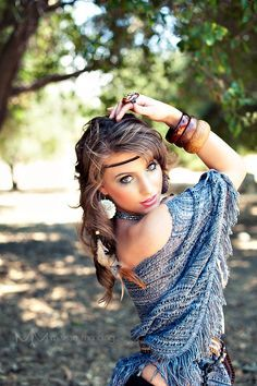 outdoor photoshoot ideas for women - Google Search