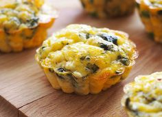 Mini omlete la cuptor in 4 feluri Ricotta, Sushi, Muffin, Keto, Breakfast, Mini, Ethnic Recipes, Morning Coffee, Muffins