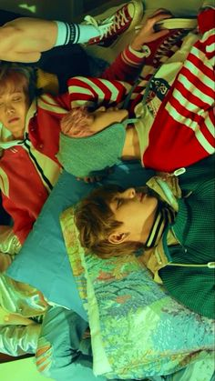 BTS V YNWA Spring Day ♥