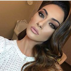 Our favorite bridal makeup look here at #TopLevelSalon follow us on IG or FB @toplevelsalon for ideas
