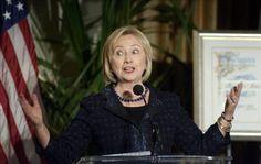 Clinton matiza su polémica comparación sobre Rusia, pero pide aprender de la Historia