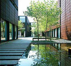 Astrid Nielsen: Odense University / Knud Holscher / Så flot en bygning. #visitfyn