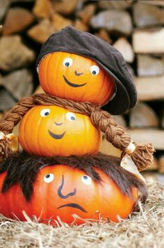 Cute family pumpkins
