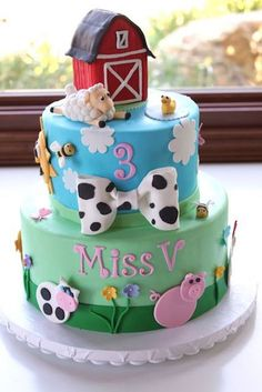 Pretty Barnyard Birthday Cake for Girl :) Farm Birthday Cakes, Farm Animal Birthday, Birthday Cake Girls, 3rd Birthday, Birthday Ideas, Petting Zoo Birthday Party, Birthday Banners, Birthday Invitations, Birthday Parties