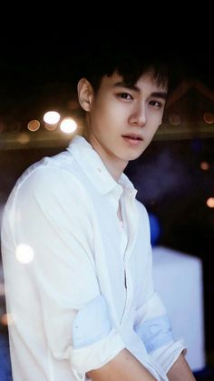 Best way to become happy when youre sad. look at a love so beautiful😍 Handsome Actors, Cute Actors, Handsome Boys, Asian Actors, Korean Actors, Pretty Boys, Cute Boys, China Movie, A Love So Beautiful