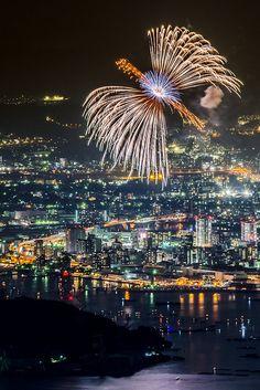 Phoenix Fireworks - Hiroshima, Japan