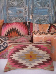 kilim cushions at Bohemian Life - Decorating - Bohemian Interior, Bohemian Decor, Ibiza Style Interior, Bohemian Fashion, Deco Boheme Chic, Boho Vintage, Style Deco, Boho Style, Pillow Tutorial