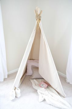 No measure, no cut, no fuss teepee tutorial - get the details for this easy DIY teepee