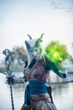 Got a few photos back of my Qunari Inquisitor. :)  Sewing leather was a real challenge!  I'm planning on adding more armor and weathering, but it was a good first run!  credit: staff - horns - photo