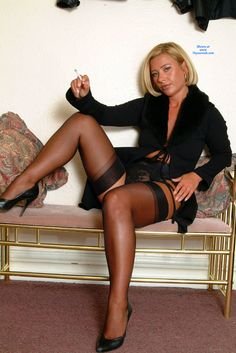 1000+ images about Sexy stocking legs on Pinterest | Black ...