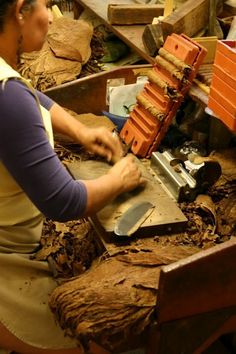 Sticks and Drinks - A private tour of El Laguito cigar factory