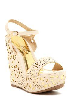 Elegant Footwear Puntie Perforated Wedge Sandal