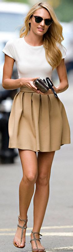 Simple, elegant & chic. Camel skirt + white tee. Street Style