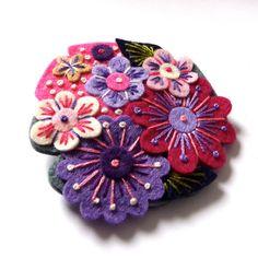 POCKETFUL Of Posies felt flower brooch with by designedbyjane