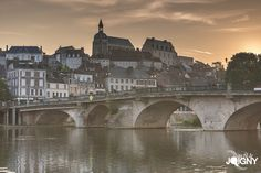 Joigny #Yonne #Bourgogne