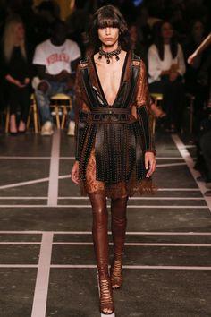 Givenchy by Riccardo Tisci Spring/Summer 2015 ready-to-wear #PFW #Paris #FashionWeek
