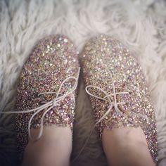 .@Beth Rubin Autier | On my feet right now : My Anniel Glitter derbies #glitter #anniel | Webstagram