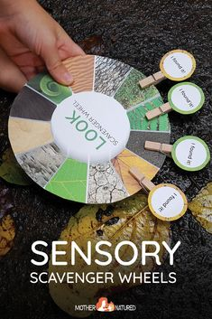 The Sensory Nature Scavenger Hunt Wheels to Delight your Child! #natureplay #natureprintable