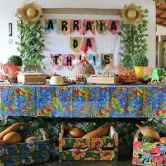 Party Decoration, Valance Curtains, Diy And Crafts, Happy Birthday, Tapestry, Halloween, Prints, Home Decor, Party Tables