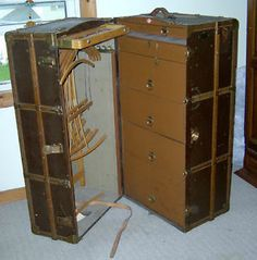 1000 images about vintage travel trunk on 87960