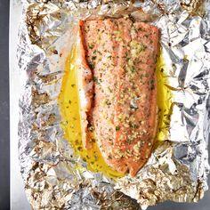 Butter Steelhead Trout in Foil Easy lemon, garlic, and butter steelhead trout recipe prepared in foil.Easy lemon, garlic, and butter steelhead trout recipe prepared in foil. Fish Recipes, Seafood Recipes, Cooking Recipes, Healthy Recipes, Grilled Trout Recipes, Trout Fillet Recipes, Healthy Eats, Yummy Recipes, Gastronomia