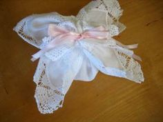 Making a Hankie Sachet Out of Wedding Handkerchiefs DIY Tutorial. This and other cute hanky craft ideas found at www.bumblebeelinens.com