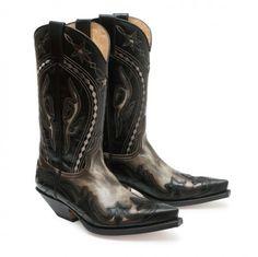 Las palabras Hurricane, Marfil, Baly e Ibiza surgieron durante el diseño de estas botas. Estamos de acuerdo. #Sendra #Boots #Botas #Man #Cowboy