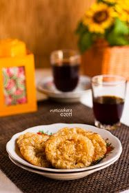 My favorite: Kue Cucur Indonesian Desserts, Indonesian Food, Cake Recipes, Dessert Recipes, Eat Pray Love, Cake Cookies, Bakery, Food And Drink, Sweets