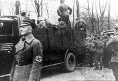 Regensburg, Bavaria, Germany, 10.11.1938, Deportation of Jews to Dachau