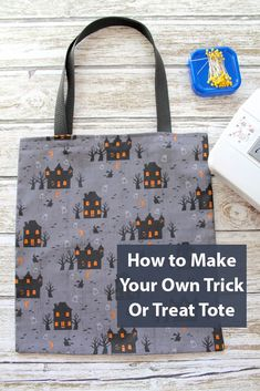 Trick-Or-Treat Tote Bag. A kids craft. Simple, easy, fun, and festive, this tote bag is sure to make your night a spooky sucess! Spooky Halloween Crafts, Halloween Activities For Kids, Creepy Halloween, Halloween Treats, Make Your Own, Make It Yourself, Fall Diy, Trick Or Treat, Reusable Tote Bags