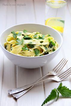 Tagliatelle with nettle and parsley